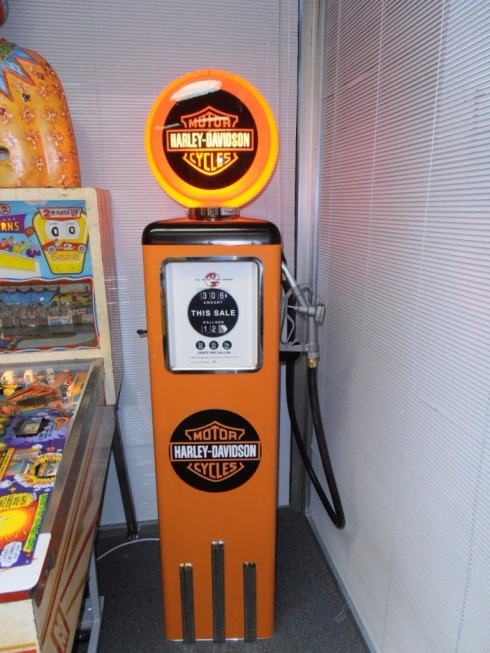 Harley Davidson Light Up Petrol Bowser