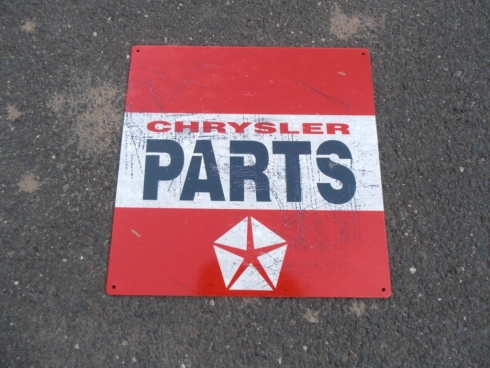 "Chrysler Parts ""Red"""